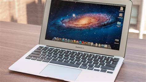 Macbook Air 11 apple macbook air 11 inch review apple macbook air 11