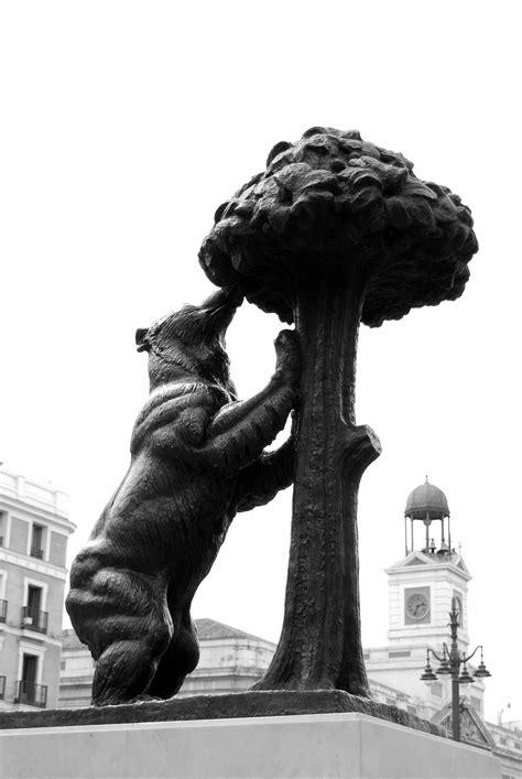 Fotos gratis : en blanco y negro, Monumento, Europa