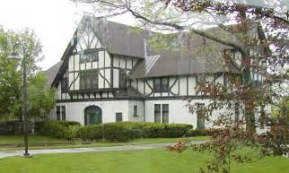 Tudor Architecture Fcs 338 History Of Interior Design English Renaissance