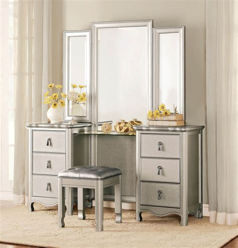 what is a vanity for a bedroom 3 piece homelegance toulouse vanity dresser mirror stool