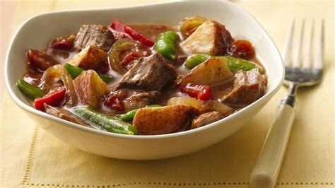 slow cooker steak and potatoes 5 dollar dinnerscom slow cooker steak and potatoes dinner recipe from betty