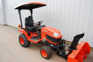Getatractor com kubota bx2660 with snowblower attachment get a tractor