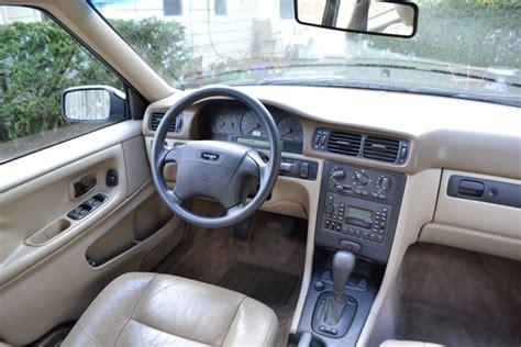 car maintenance manuals 2011 volvo s40 interior lighting 1998 volvo s70 interior pictures cargurus