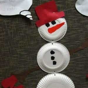 Snowman Paper Plate Craft - a paper plate snowman thriftyfun