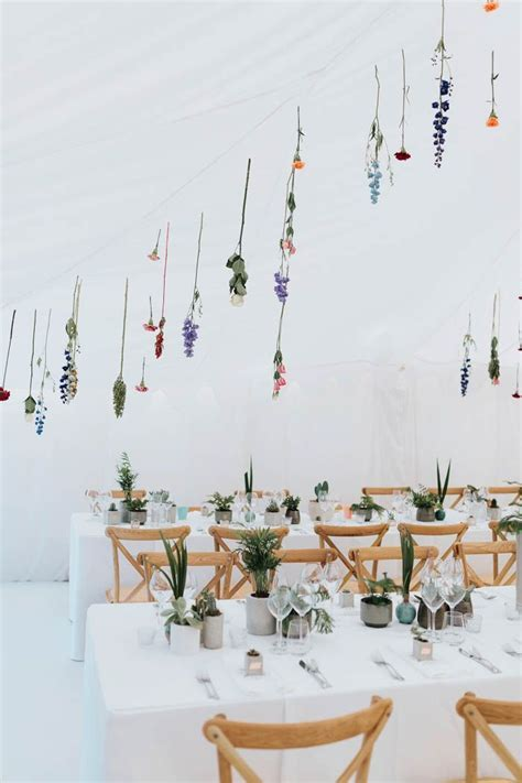 Minimalist Botanical Wedding in a London Backyard