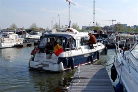 vaarbewijs antwerpen watersport en boten cursussen vaarbewijs marifonie vhf