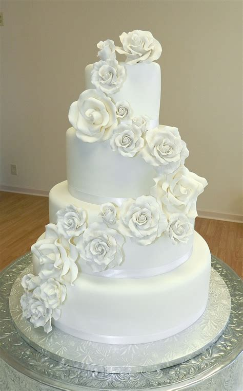 Wedding Cakes Roses by White Roses Wedding Cake Cakecentral