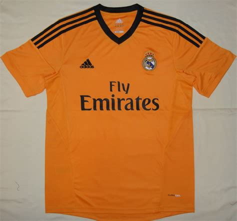 Kaos Bola Emirates jual jersey kaos bola kostum bola importir jersey