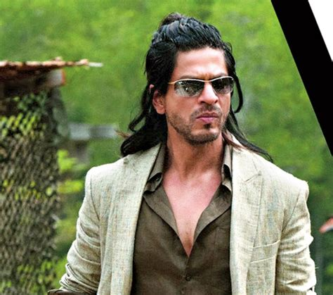 srks hairstyle in don2 man enough to sport a man bun