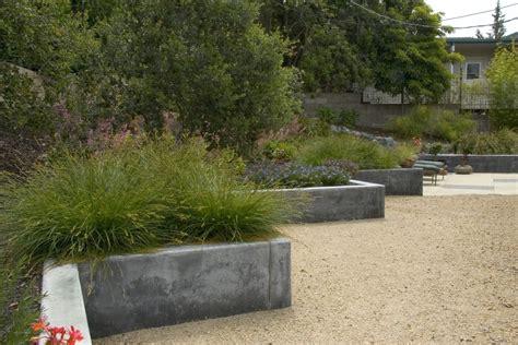 staggering concrete landscape edging decorating ideas