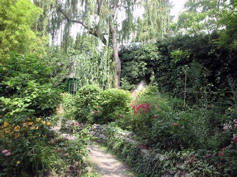 il giardino dei ciliegi strehler yalta la perla di crimea e il giardino dei ciliegi tappa