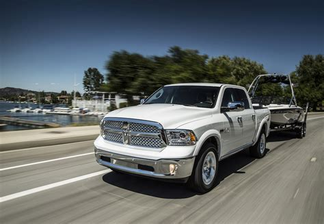 ram ecodiesel fuel economy 2015 ram ecodiesel pumps up for fuel economy fca