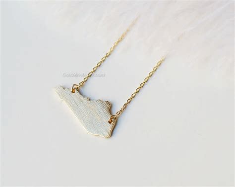 kentucky state necklace in gold ky state gold by missdiary