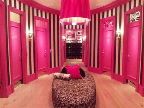 Secret Inspired Closet by Best 25 Secret Rooms Ideas On