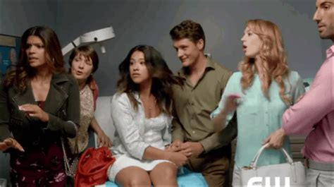 rachel bloom jane the virgin gilmore girls best throwback female centric tv shows