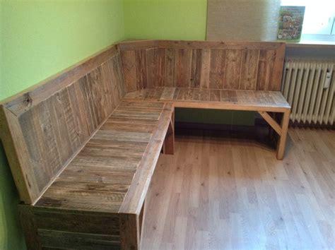 pallet corner bench   zach   pallet