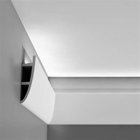 eclairage indirect plafond led corniche moulure de plafond axxent orac decor pour