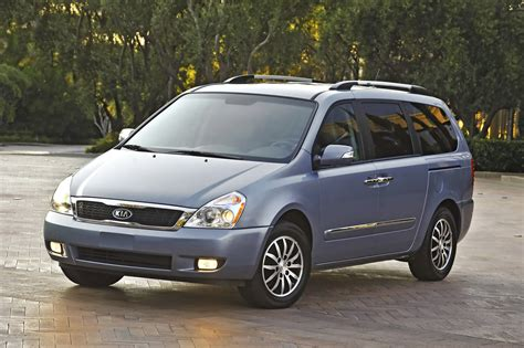 Kia Sedoma 2011 Kia Sedona Gets A New Grille And More Power The