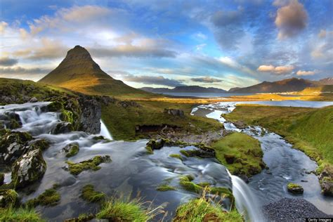 Lights Journey 11 Photos Of Mount Kirkjufell Will Convince You To Fly To