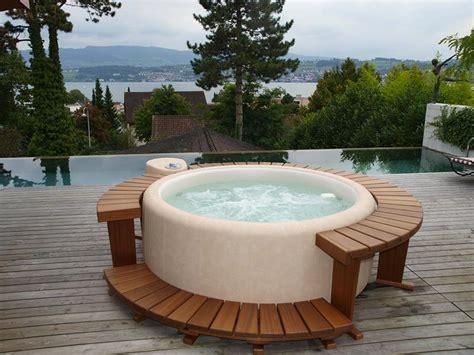 whirlpool vasca idromassaggio rivenditore idromassaggi softub a parma sala di schiaretti