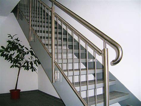 treppe edelstahlgeländer gel 228 nder f 252 r treppe yu68 hitoiro