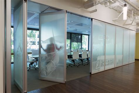 Interior Technician by Modernfold Acousti Clear Glass Interior Tech Seattle