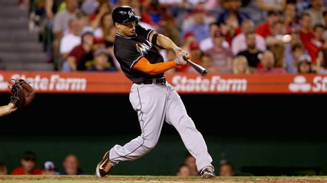 abreu stanton lead mlb home run title odds the