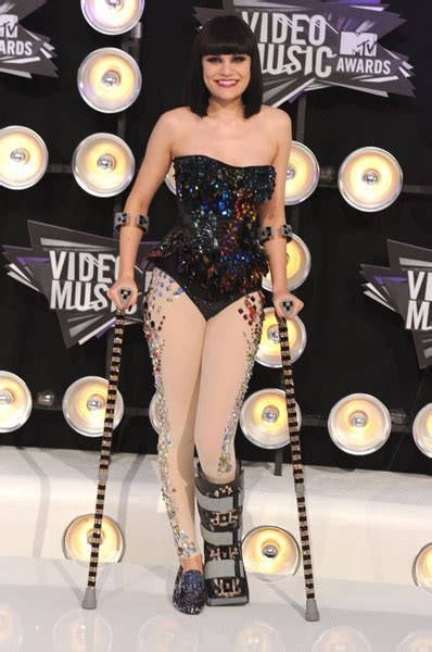 jessie j vma 301 moved permanently