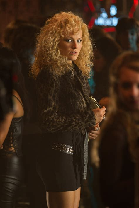 sherrie hairstyle in rock of ages film rock of ages movie images featuring tom cruise collider