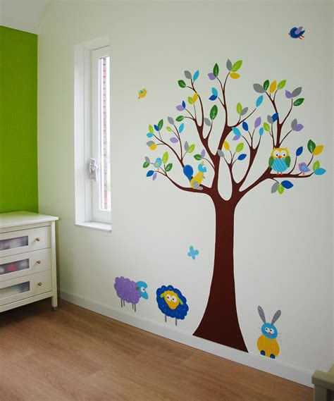 gordijnen babykamer dieren boom met dieren babykamer in elke kleur met leuke diertjes