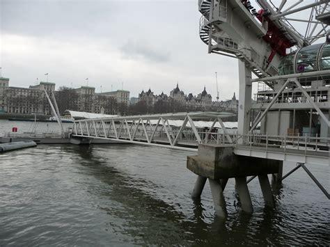 thames river description file london lambeth river thames and london eye