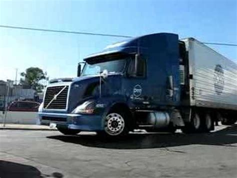 volvo semi trailer volvo truck refrigerated semi trailer dot foods