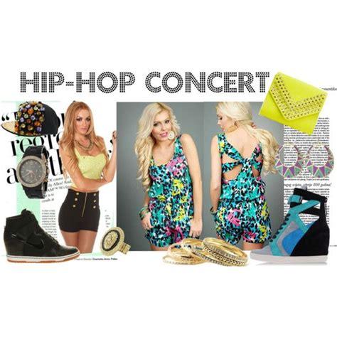 Cr 55 Cloud Pendek Casual what to wear to a hip hop concert rap concert ideas i m haute concert the