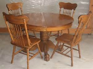 Round Dining Table Pedestal Base 1000 Images About Antique Round Oak Tables On Pinterest