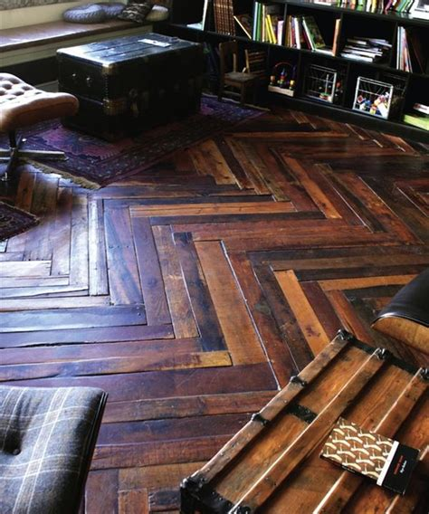Floor Pallet by Diy Floors Made Out Of Pallets 99 Pallets
