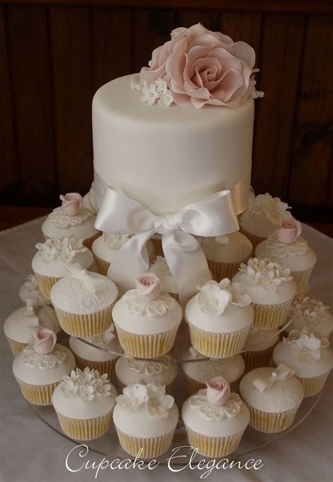 Pin by Zaynab Jeetoo on Trousseau in 2019   Wedding cakes