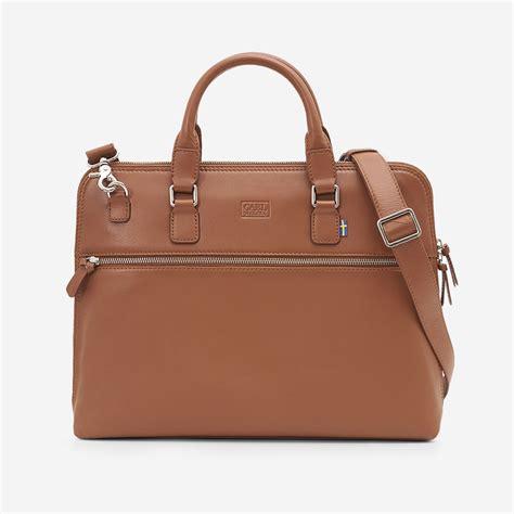 heritage laptop bag cognac carl wiking