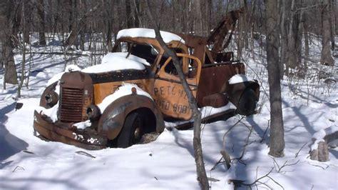 harrys u pull it time trucks entrance of harrys u pull it in