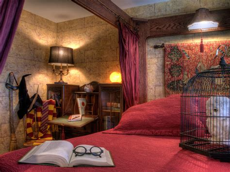 there s a harry potter themed hotel room in london and it oregon s sylvia beach hotel is for book lovers laurel s