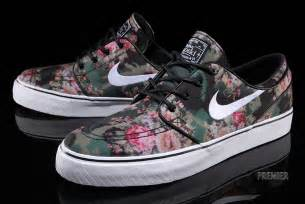 Light Pink Nikes Nike Stefan Janoski Quot Digi Floral Quot Available