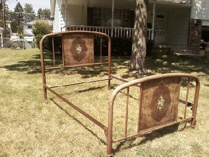 Antique Iron Bed Frame Value Hibiscus House True Farmhouse Memories