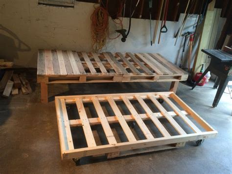 diy pallet day bed  roll  trundle day bed diy