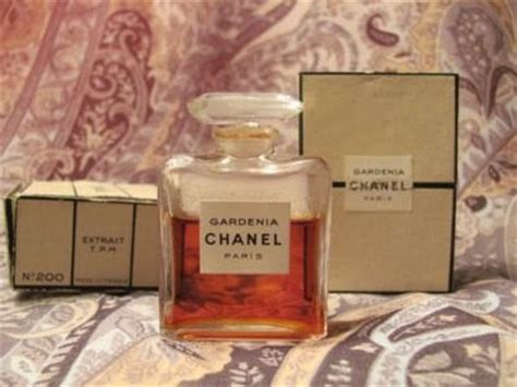 Review Of Chanels Gardenia Perfume by Perfume Shrine Chanel Gardenia Vintage Vs Modern Les
