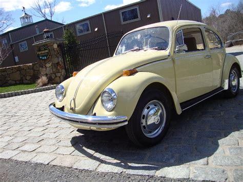 old volkswagen yellow classic 1971 vw volkswagen beetle bug shantung yellow