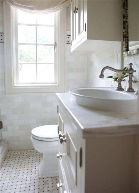 Remodeling Bathroom On A Budget by White Remodeling Small Bathroom On A Budget Pic 02 Small Room Decorating Ideas