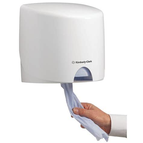 Dispenser It aquarius clark wiper dispenser manual centrefeed roll plastic white staples 174