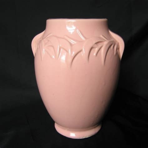 Pink Mccoy Vase by Mccoy Pottery Pink Vase Urn Vintage