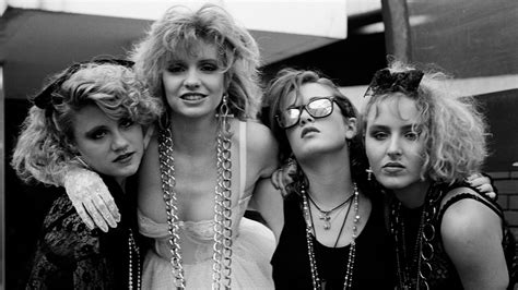 fashion icons  style moments  defined  decade