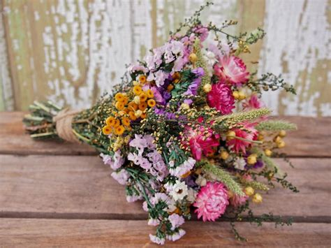 centrotavola fiori secchi centrotavola fiori secchi fiori secchi centrotavola