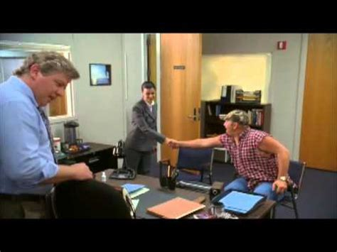 the cable guy bathroom scene larry the cable guy health inspector 2006 vidimovie